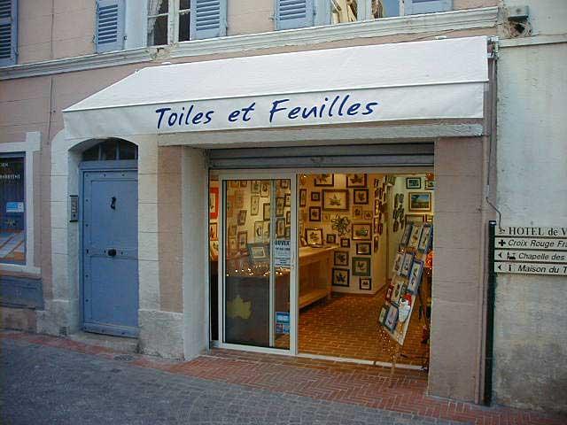 L'entrée de la première galerie d'art Sylvie Adaoust en décembre 2001